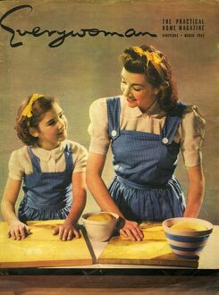 Everywoman 1943 1940s UK mothers and daughters housewives housewife homemakers baking